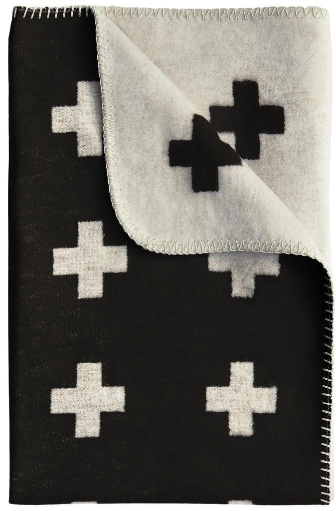 Pia Wallén Deka Cross Blanket Black 80x125, černá barva, bílá barva, textil
