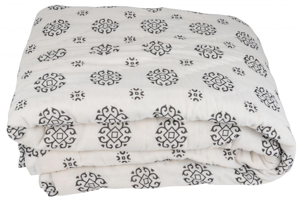 Bavlněný přehoz přes postel Black Pattern IB LAURSEN