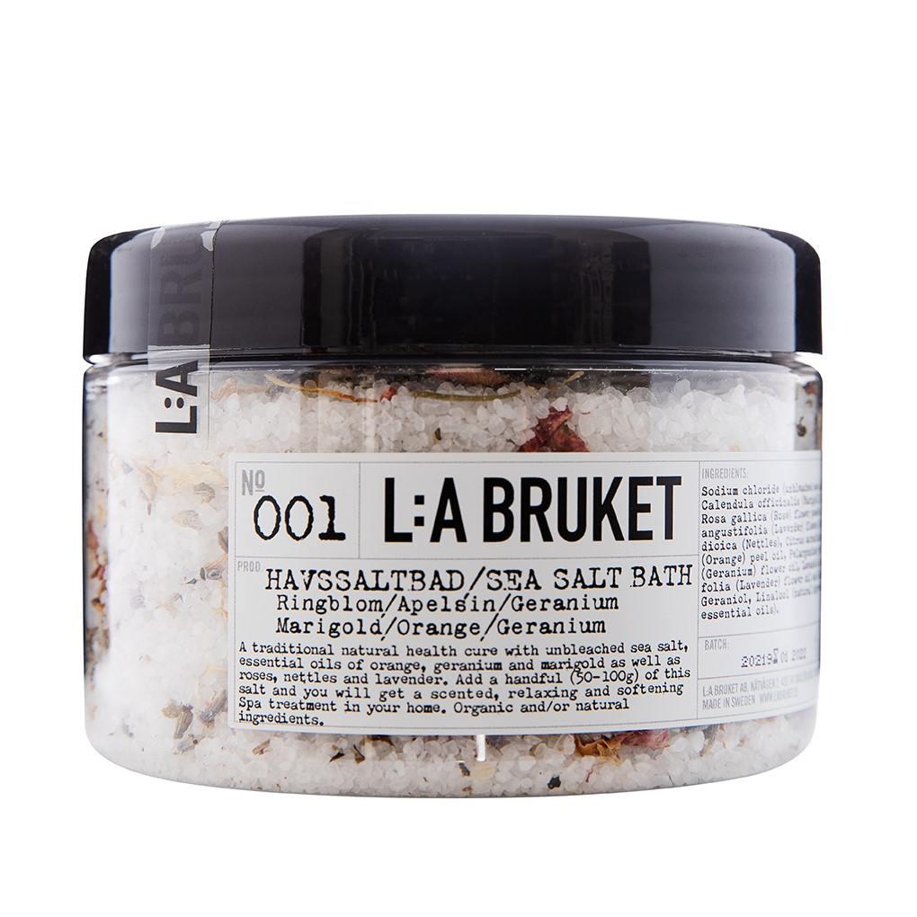 L:A BRUKET Mořská koupelová sůl s květy 450 gr, bílá barva, plast