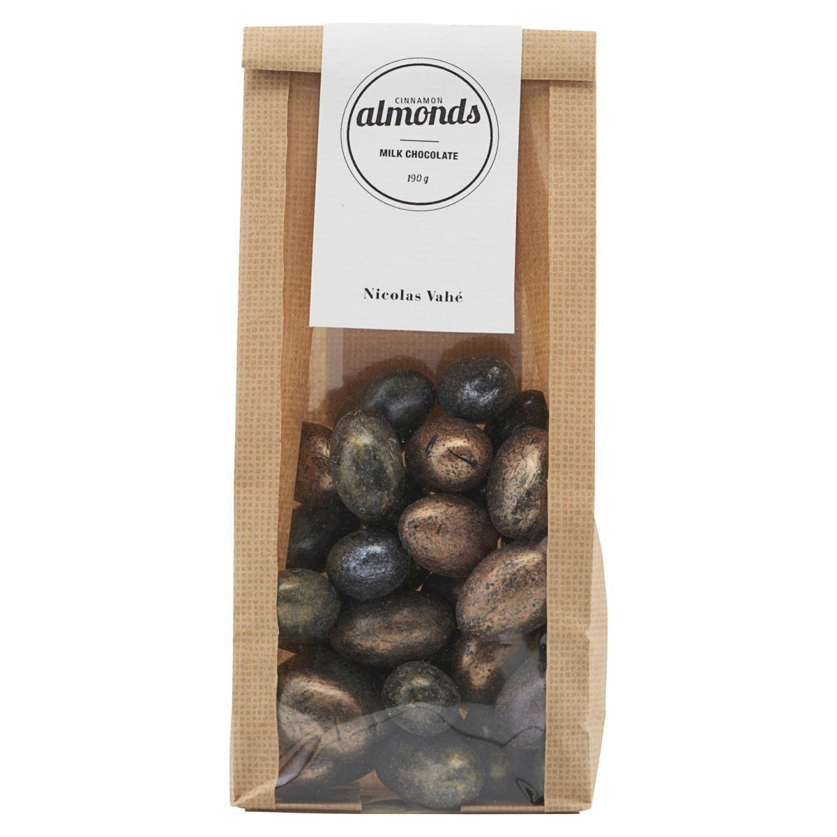Nicolas Vahé Mandle v hořké čokoládě se skořicí 190 g, hnědá barva