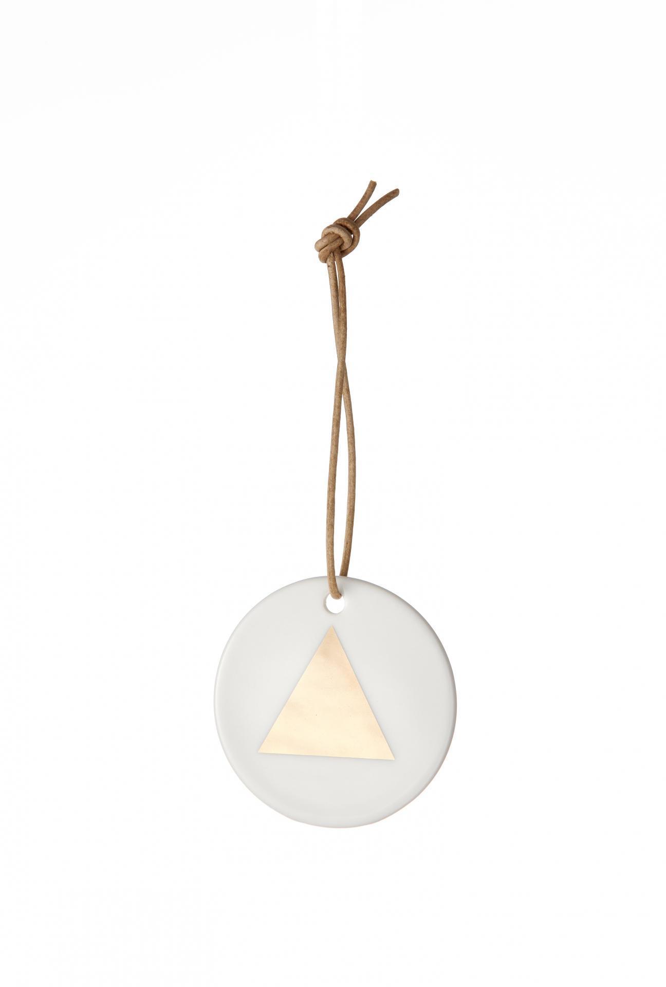 ferm LIVING Porcelánová ozdoba Triangle, bílá barva, měděná barva, porcelán
