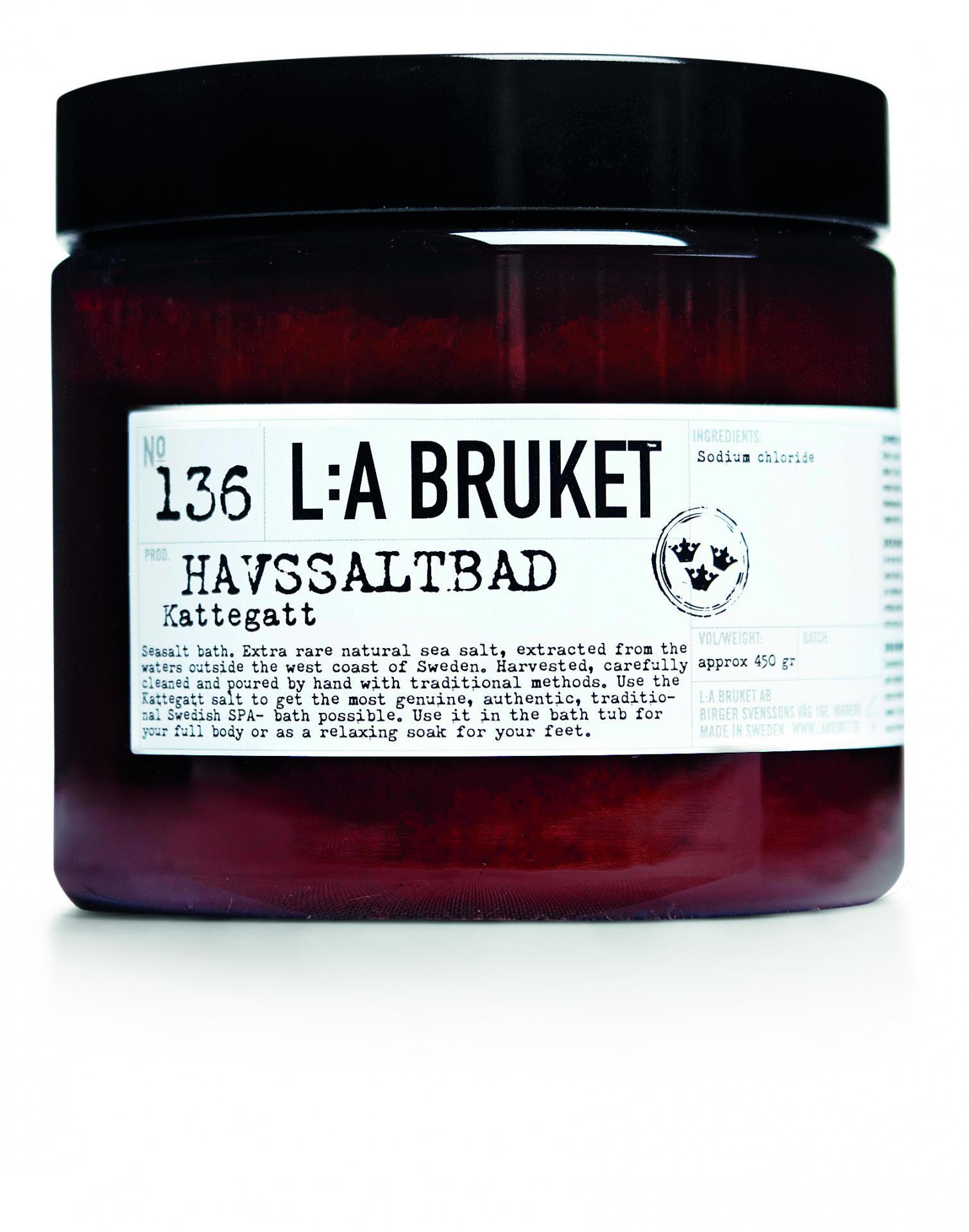 L:A BRUKET Přírodní mořská sůl do koupele 450 g, černá barva, bílá barva, hnědá barva, plast