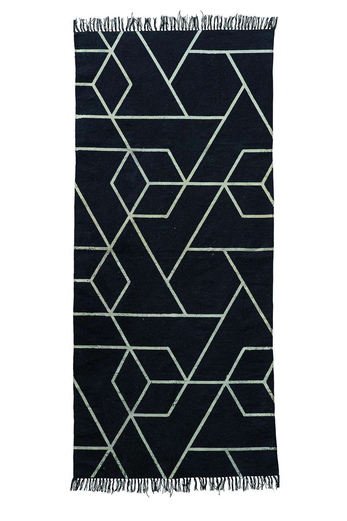 House Doctor Koberec Phantom 90 x 200 cm, černá barva, textil Černá