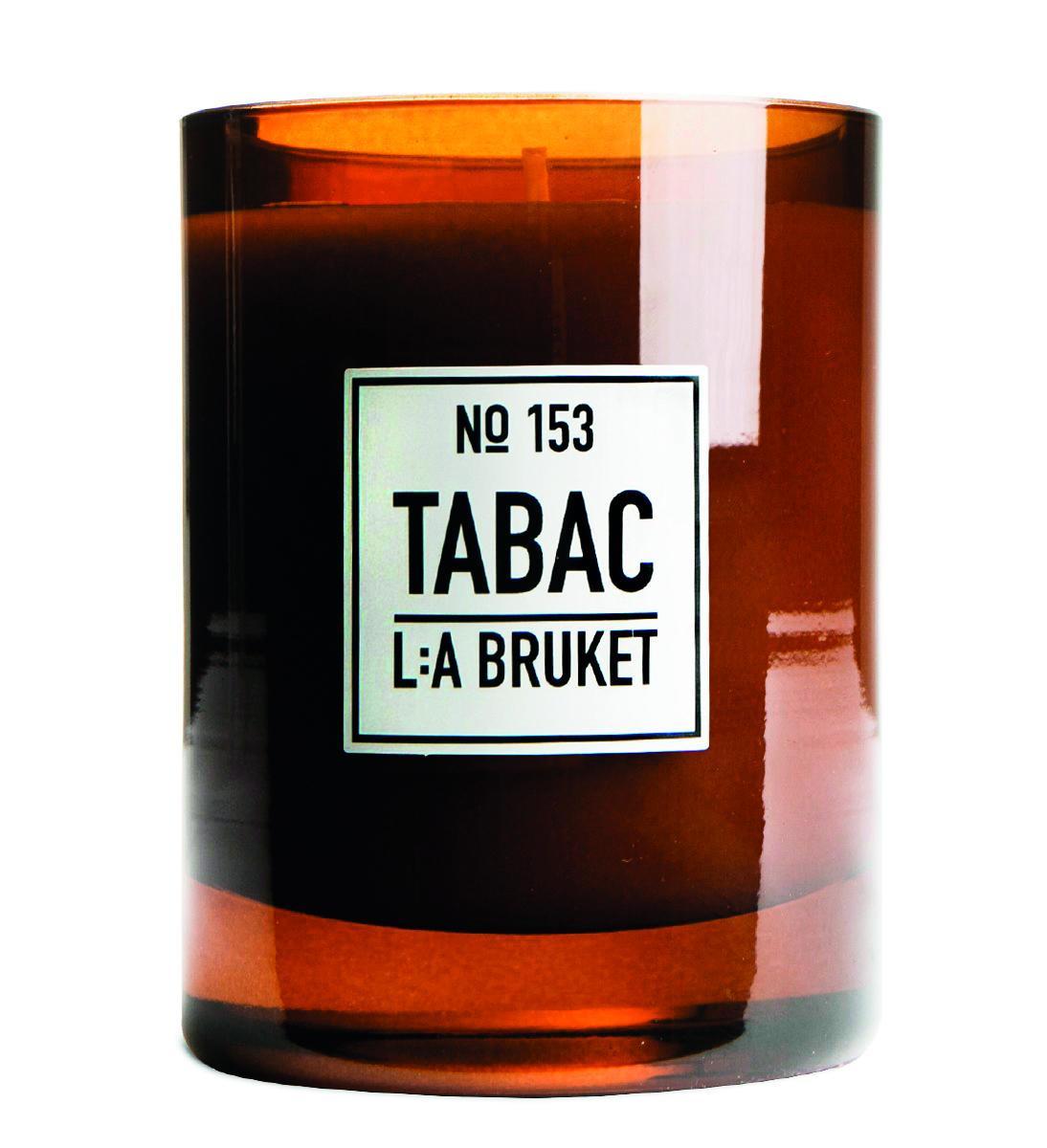 L:A BRUKET Vonná svíčka Tabac, hnědá barva, sklo