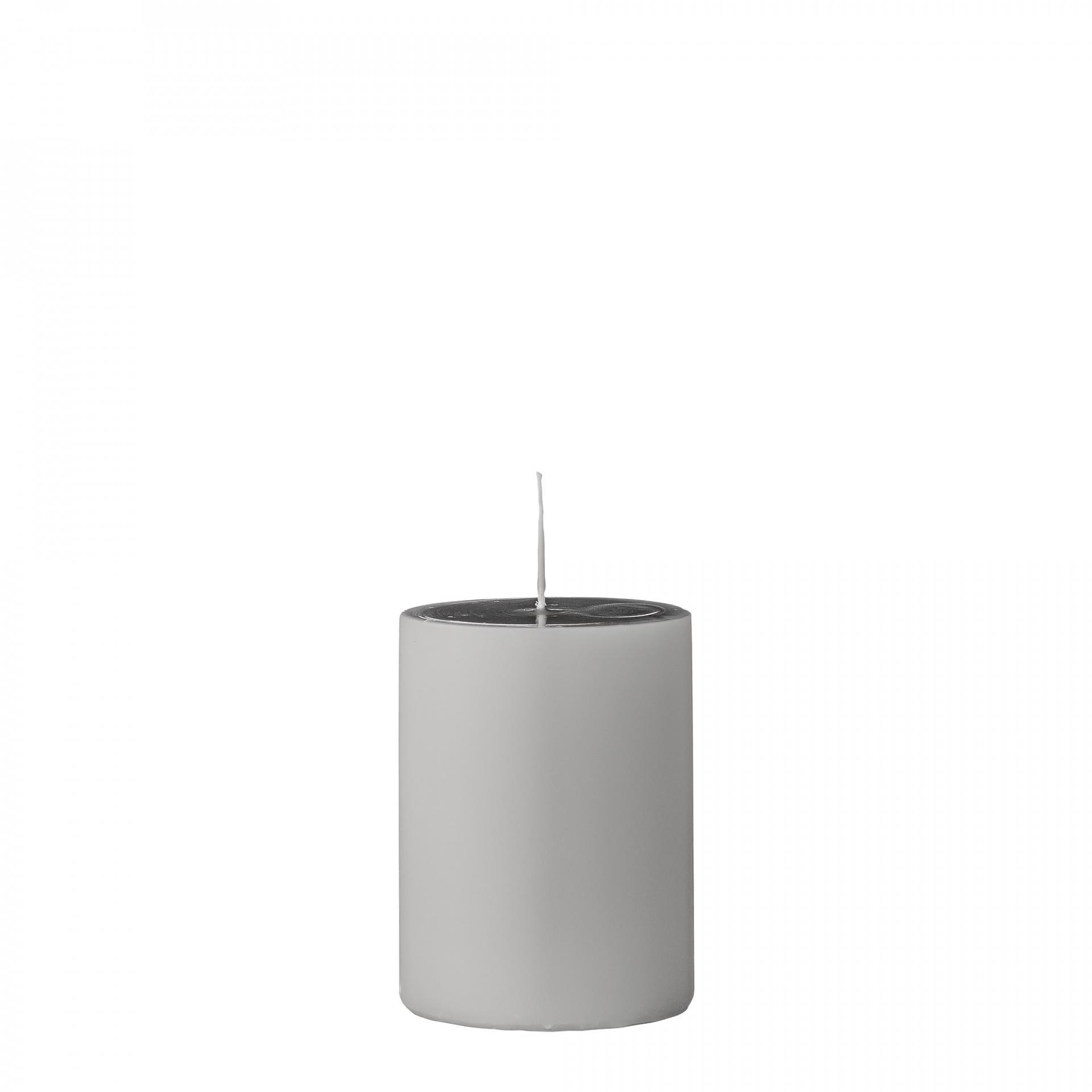 Bloomingville Svíčka Light Grey 10 cm, šedá barva