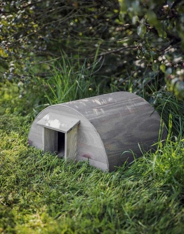 Garden Trading Dřevěný domeček pro ježky