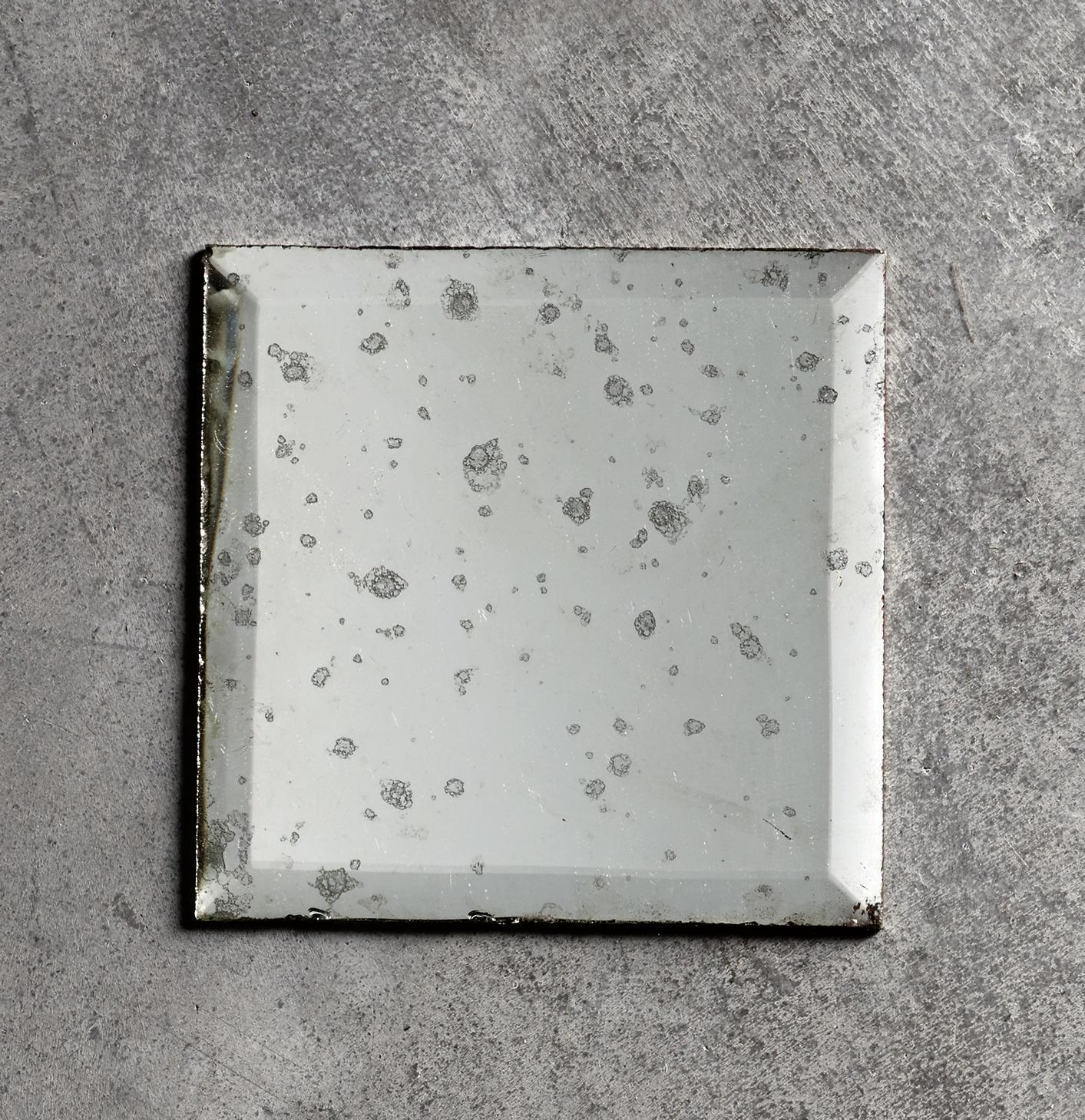 Tine K Home Zrcadlo s patinou Antique 10x10