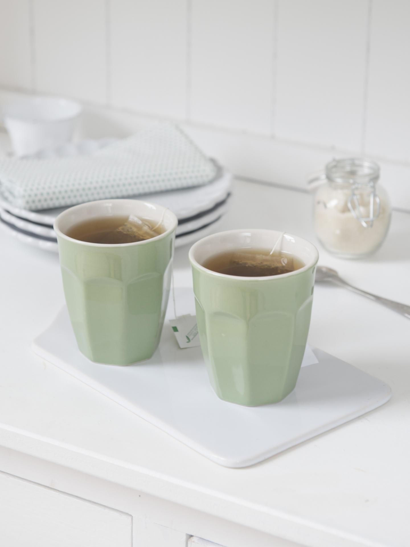 IB LAURSEN Latte hrneček Mynte Meadow green, zelená barva, keramika