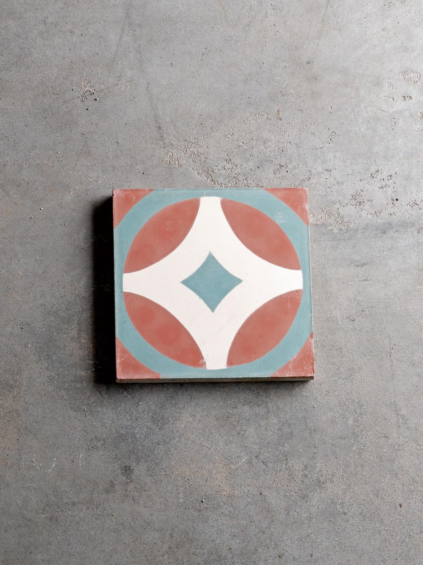 Tine K Home Cementová kachle Sign Aqua, modrá barva, oranžová barva, multi barva, beton