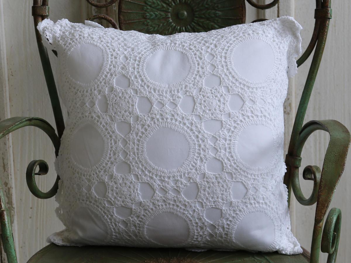 Chic Antique Háčkovaný polštář Crochet 40x40, bílá barva, textil