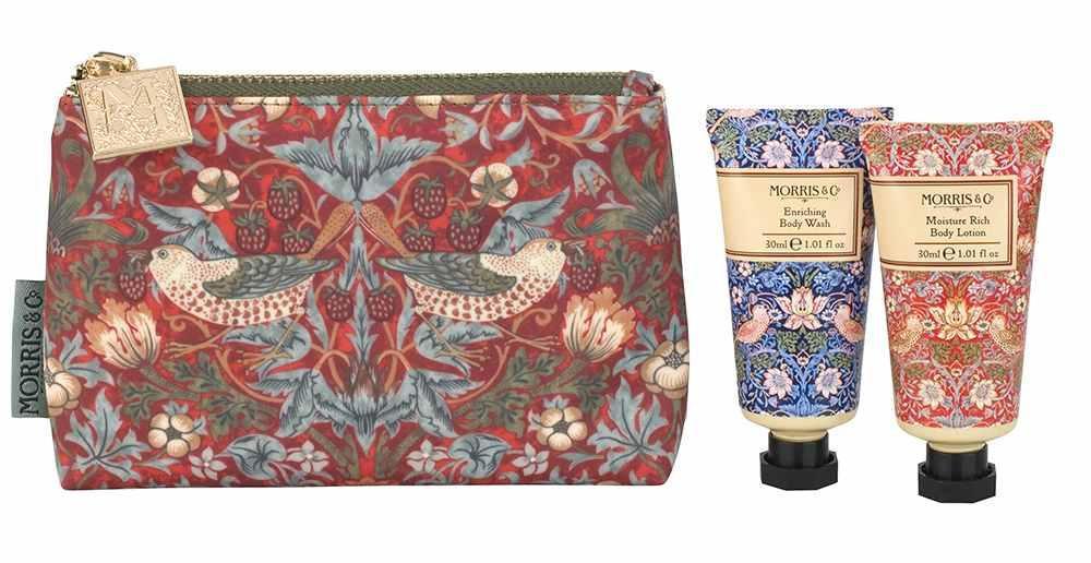 MORRIS & Co. Sada mini koupelové péče v kosmetické taštičce Strawberry Thief, červená barva, plast, textil