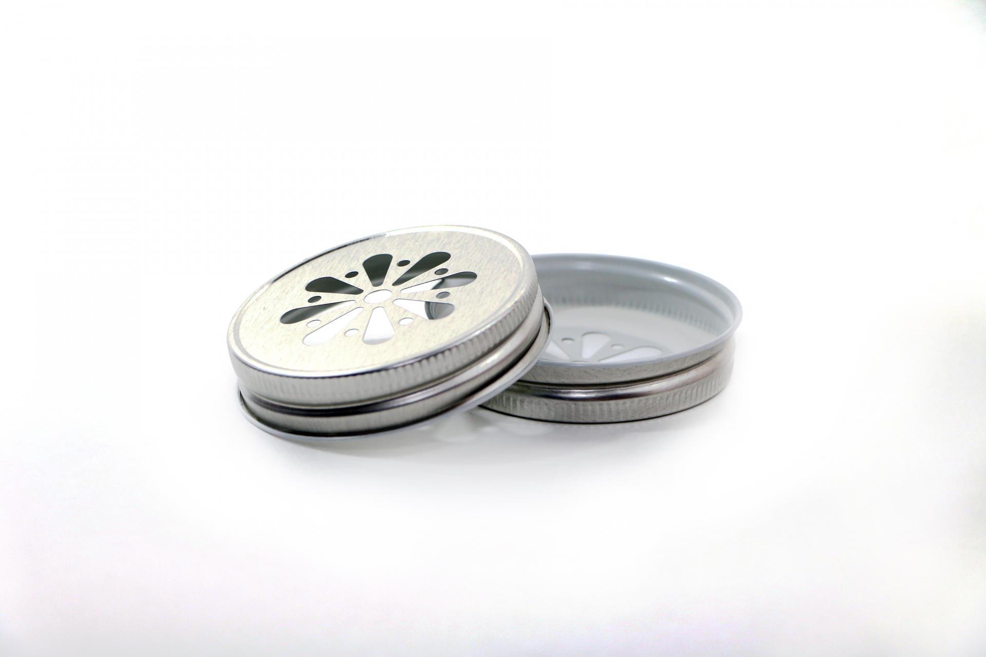 Ball Dekorativní kovové víčko Ball stříbrné, stříbrná barva, kov