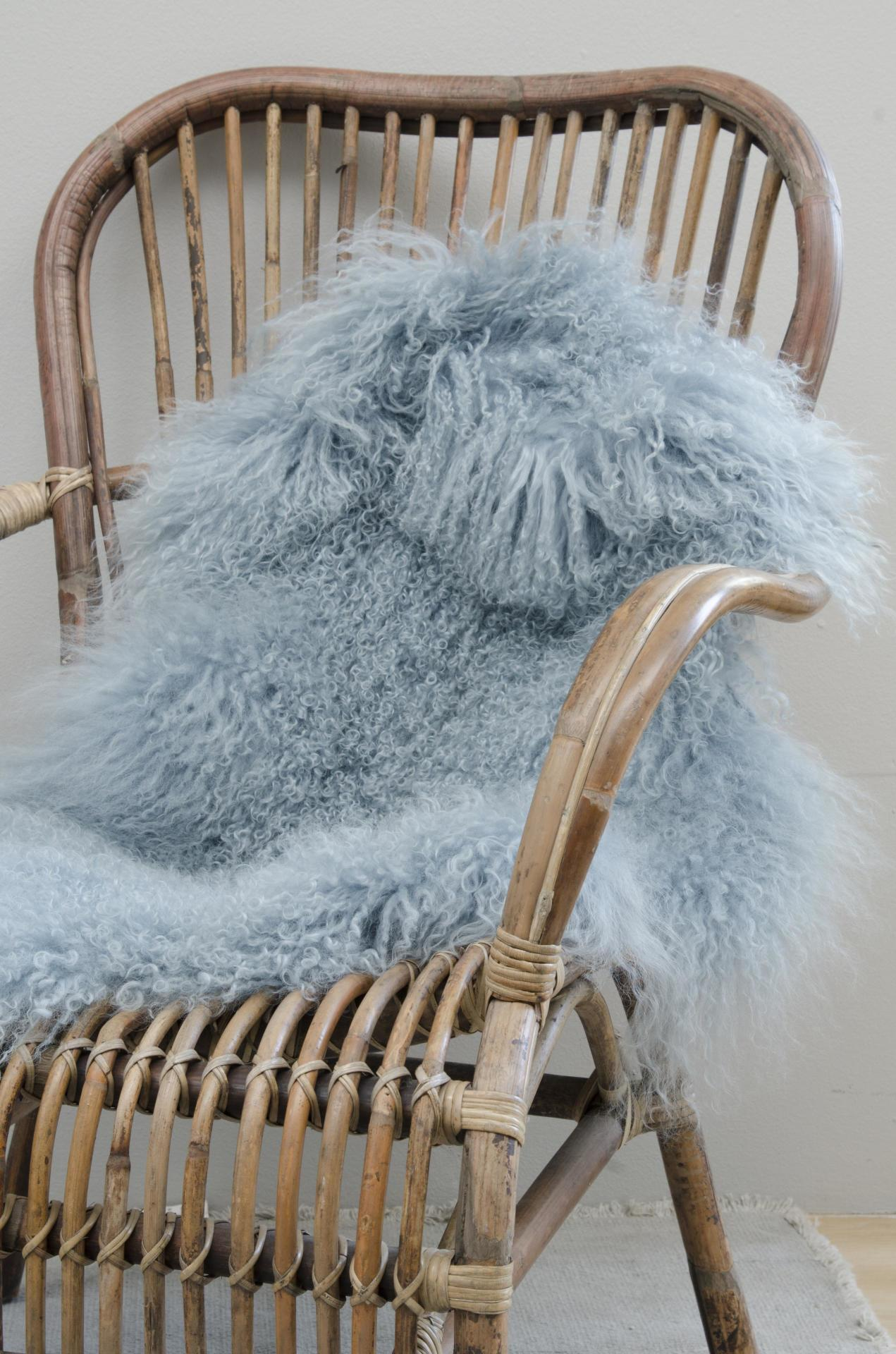 IB LAURSEN Tibetská ovčí kožešina Light blue, modrá barva, kožešina