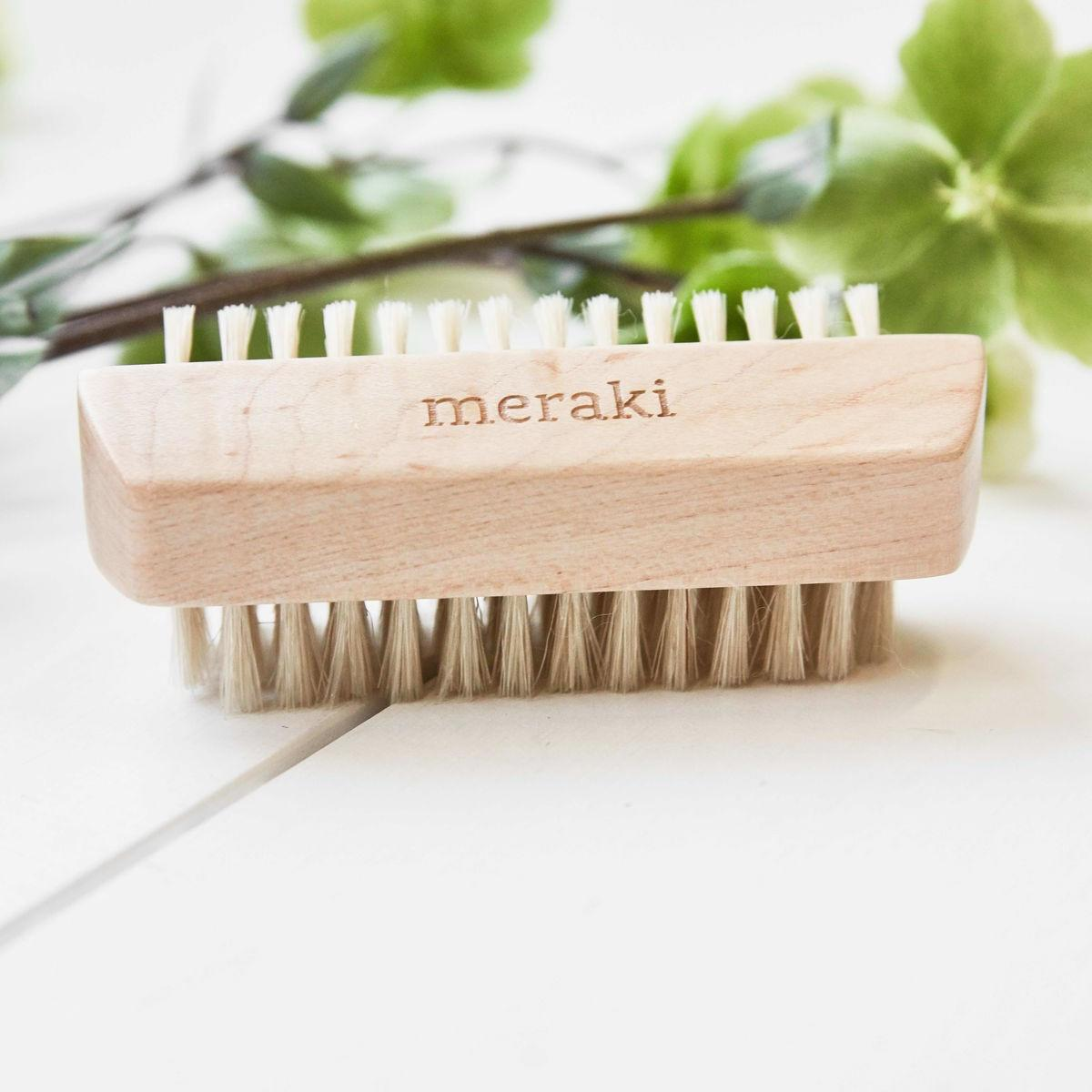 meraki Dřvěný kartáček na nehty Meraki, béžová barva, hnědá barva, dřevo