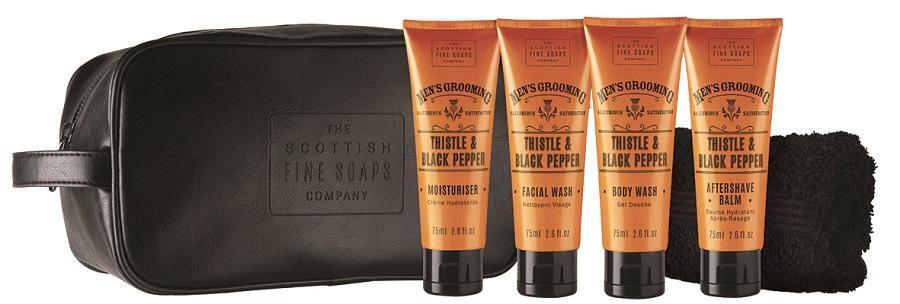 SCOTTISH FINE SOAPS Cestovní sada kosmetiky pro pány Thistle & Black pepper, oranžová barva, černá barva, plast, textil