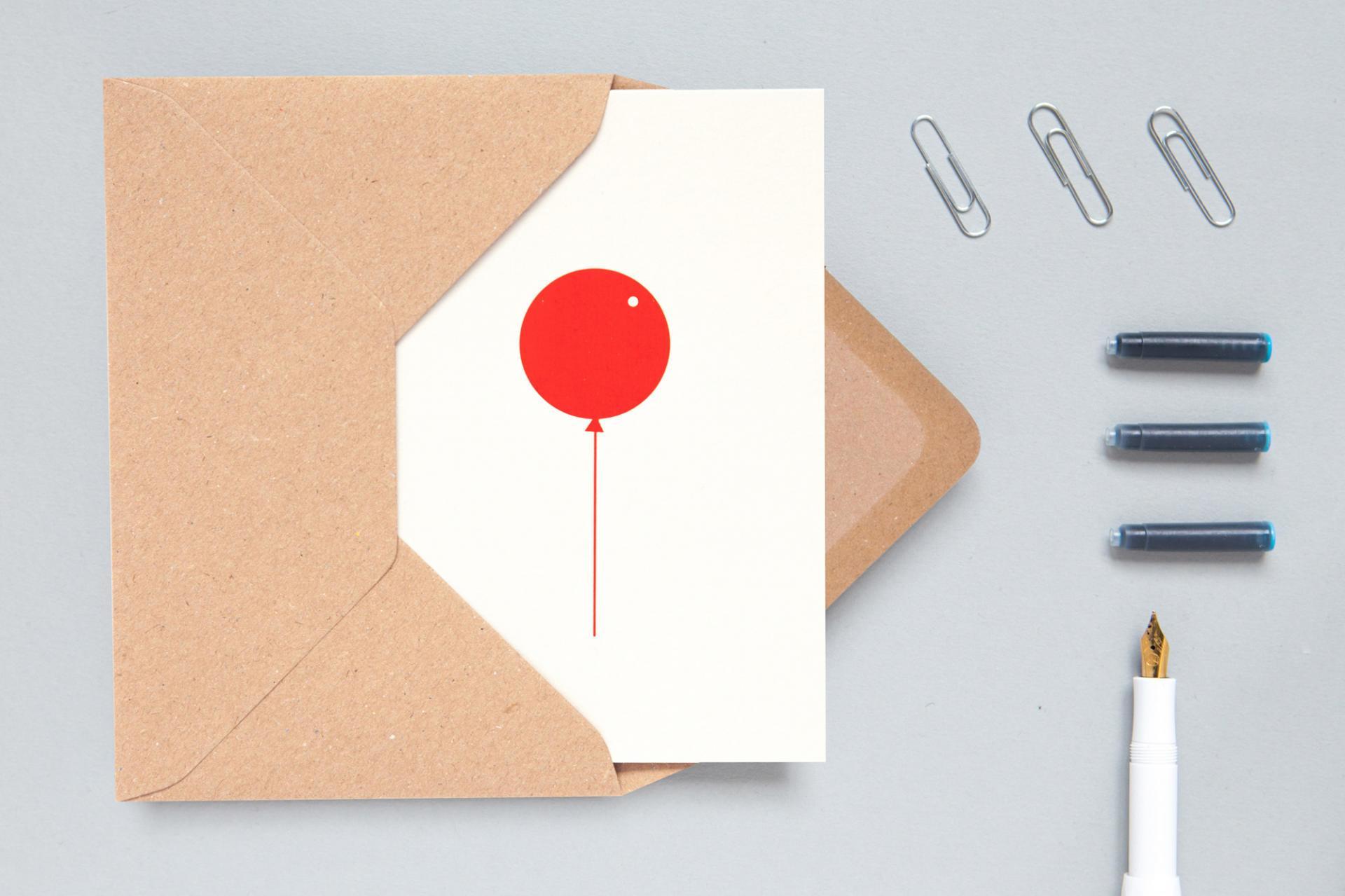 ola Papírové přání s obálkou Red Balloon A6, červená barva, papír