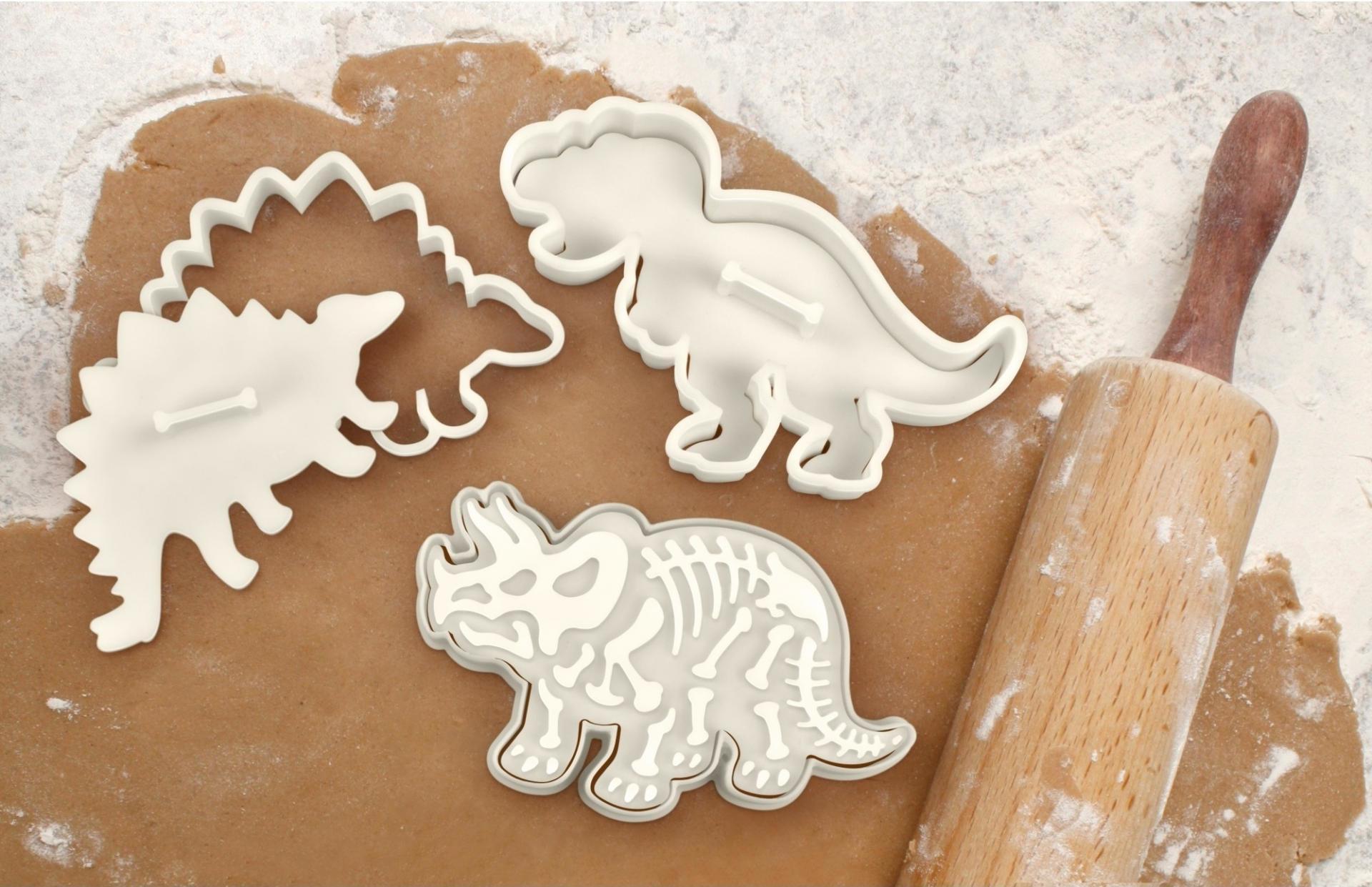 Kitchen Craft Vykrajovátka na sušenky - dinosauři - 3 ks, krémová barva, plast