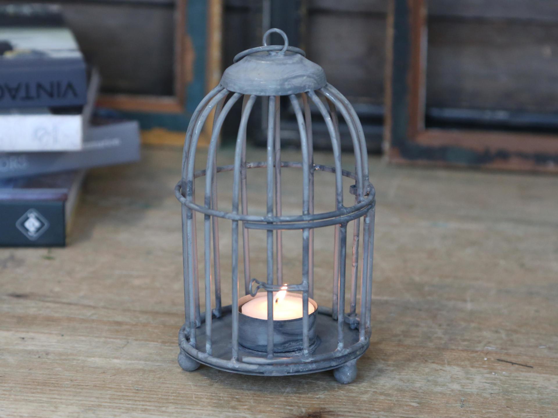 Chic Antique Svícen ve tvaru ptačí klece, šedá barva, kov