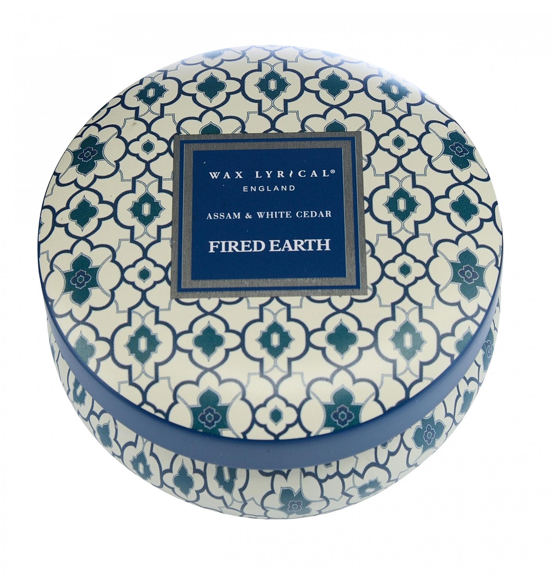 Wax Lyrical Vonná svíčka Čaj Assam a cedrové dřevo 170gr, modrá barva, kov