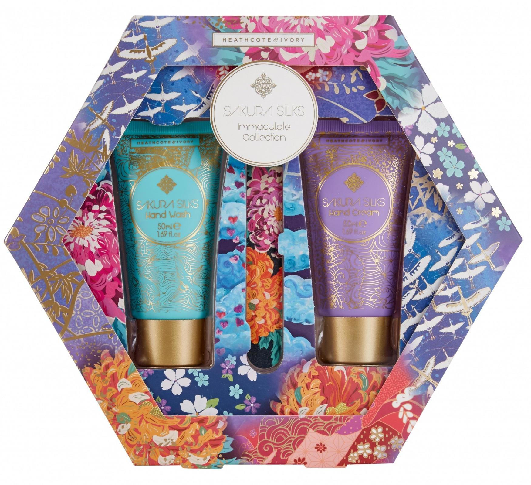 HEATHCOTE & IVORY Dárková sada pro péči o ruce Sakura Silks, růžová barva, fialová barva, modrá barva, multi barva, zlatá barva, plast, papír