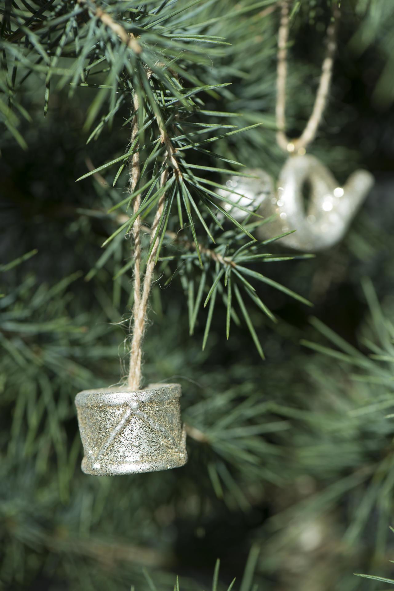 IB LAURSEN Vánoční ozdoba Christmas Ornament Bubínek, zlatá barva, stříbrná barva, porcelán