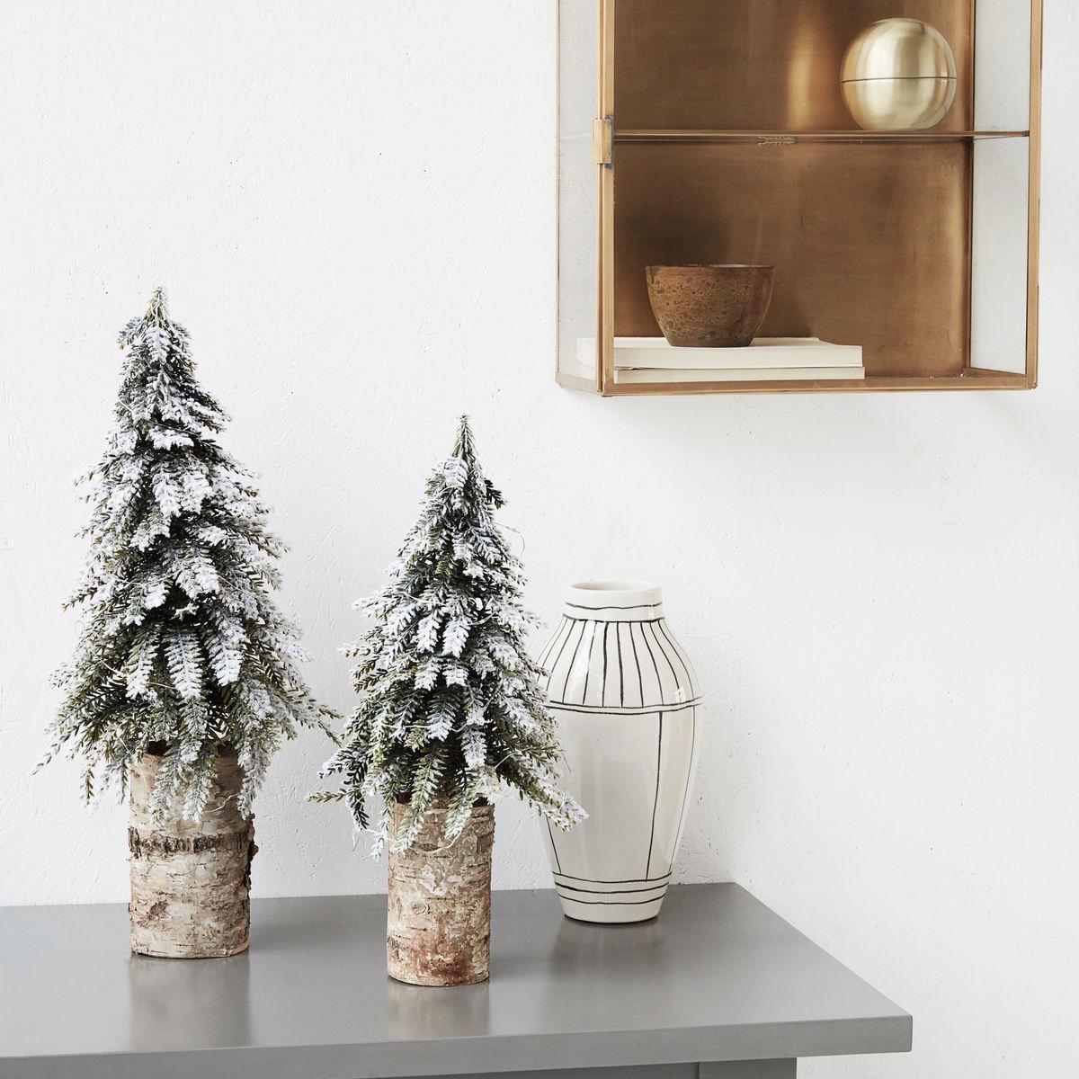 House Doctor Vánoční stromeček se světýlky 40cm, zelená barva, hnědá barva, dřevo, plast