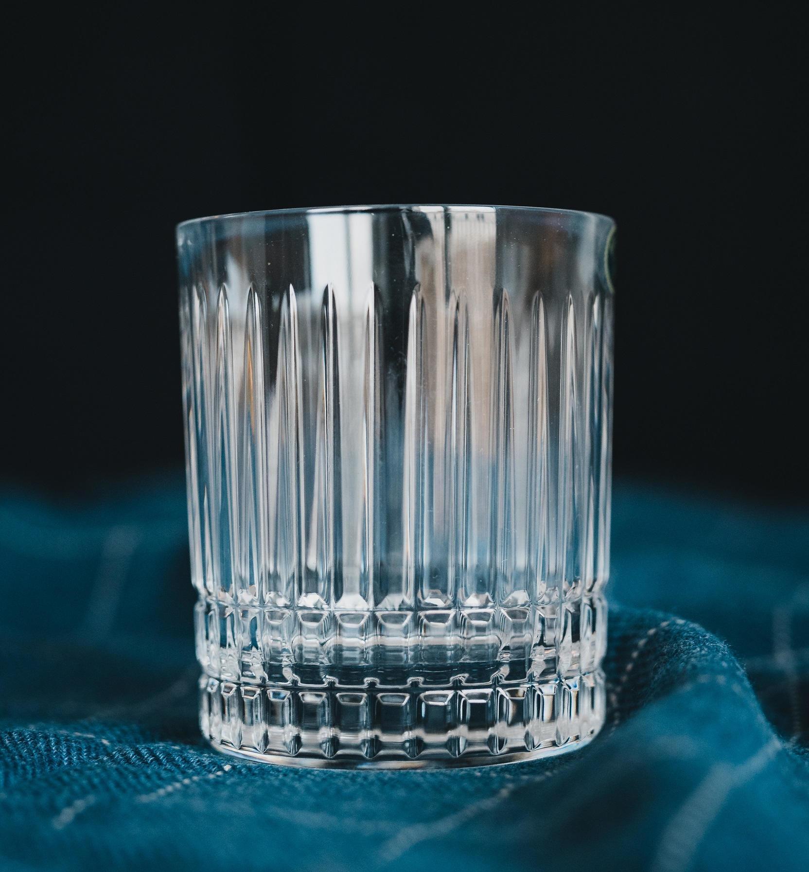 CRYSTAL BOHEMIA Křišťálová sklenka na whisky Stripe Crystal BOHEMIA, čirá barva, sklo