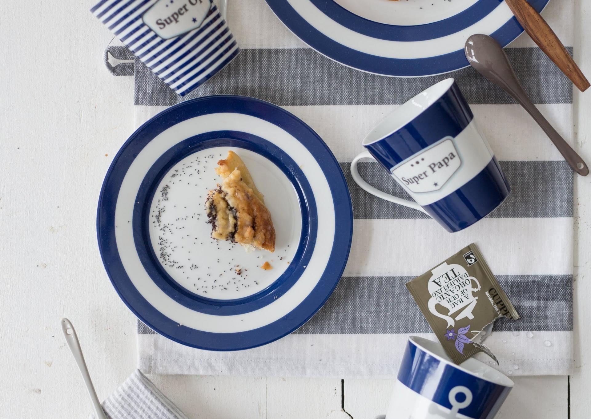 Krasilnikoff Dezertní talíř Blue Stripes, modrá barva, bílá barva, porcelán