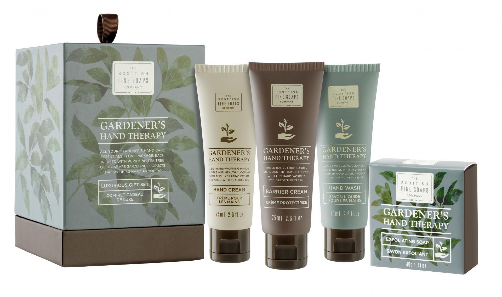 SCOTTISH FINE SOAPS Dárková sada péče o ruce Gardeners Therapy, zelená barva, plast, papír