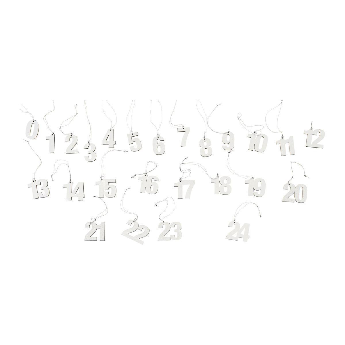 MONOGRAPH Adventní štítky s čísly Silver - 24ks, stříbrná barva, dřevotříska