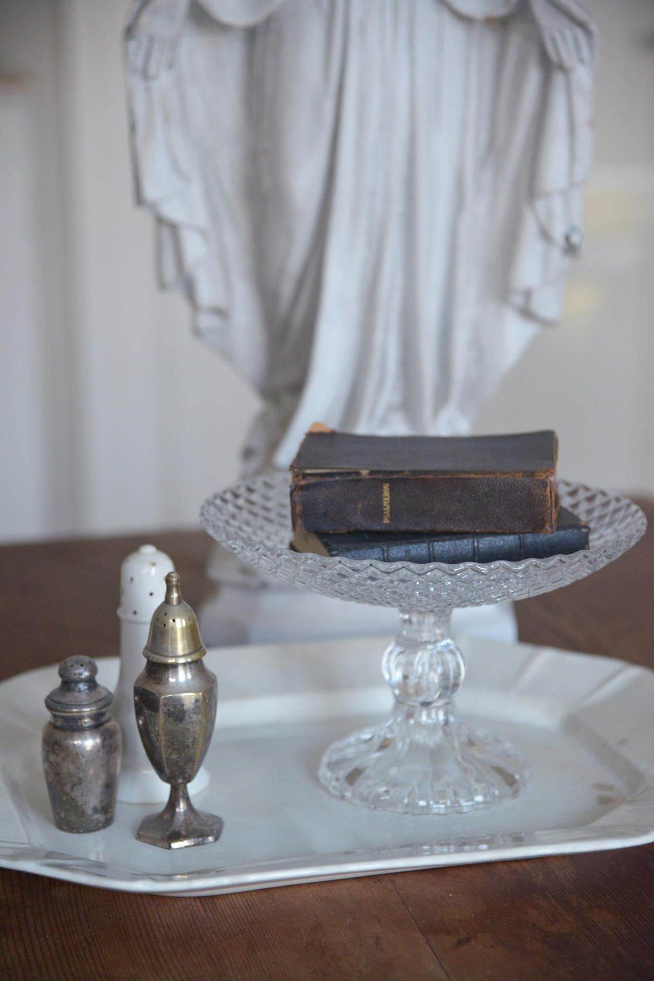 Jeanne d'Arc Living Dortový stojan Clear Glass, čirá barva, sklo