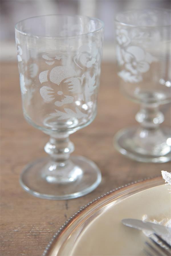Jeanne d'Arc Living Sklenice na víno Heartsease 250 ml, čirá barva, sklo