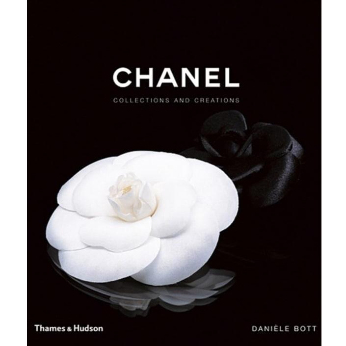 Chanel Collections and Creations, černá barva, bílá barva