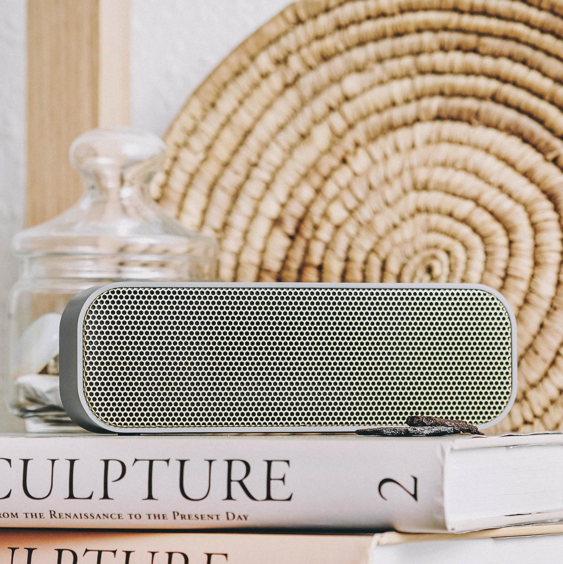 Kreafunk Bluetooth reproduktor aGROOVE Cool grey/Gold, šedá barva, zlatá barva, kov, plast