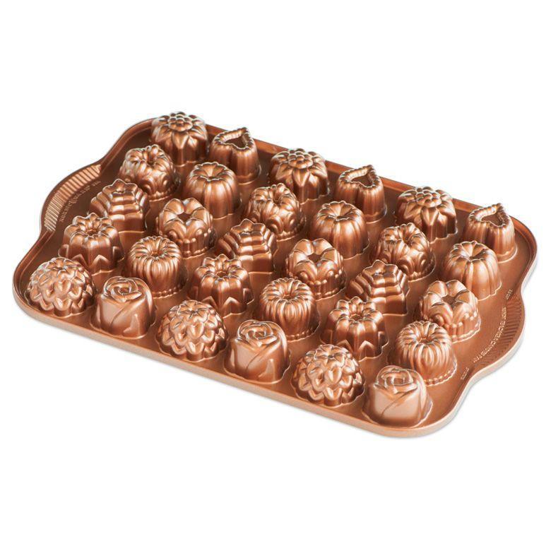 Nordic Ware Hliníková forma na pečení Tea Cakes and Candies, hnědá barva, měděná barva, kov