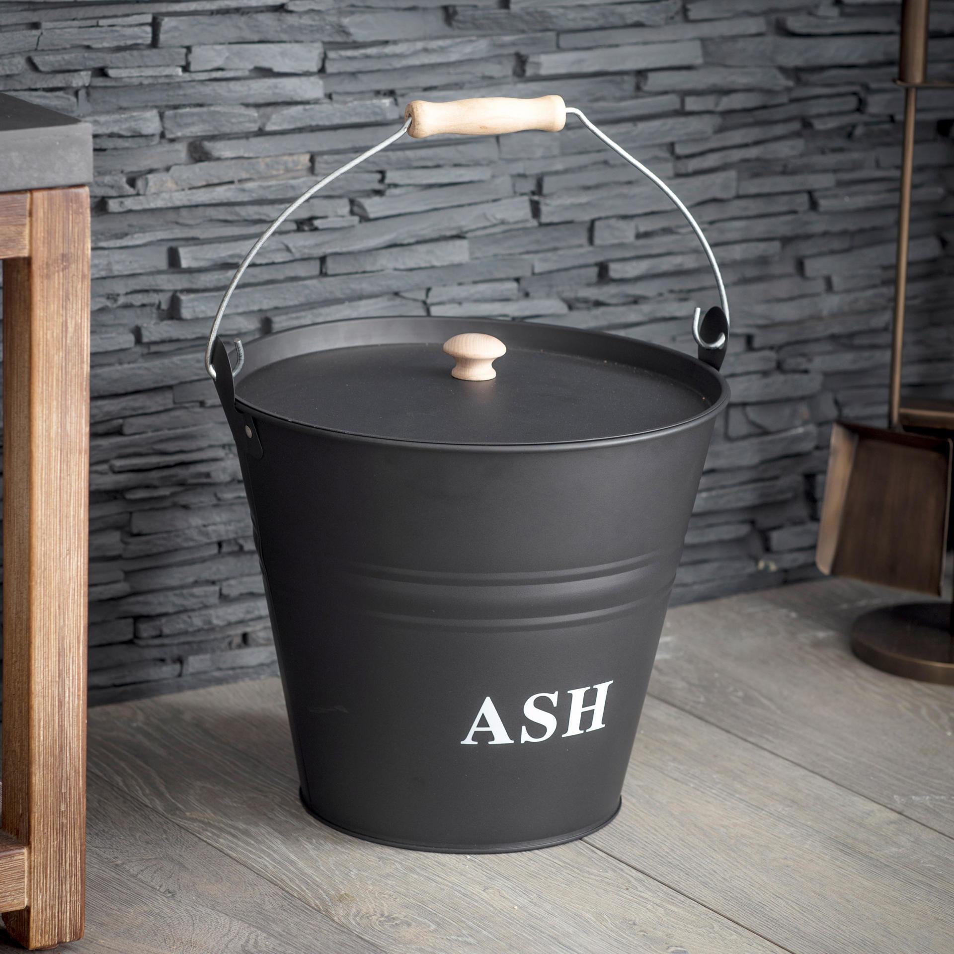 Garden Trading Nádoba na popel Ash, černá barva, dřevo, kov