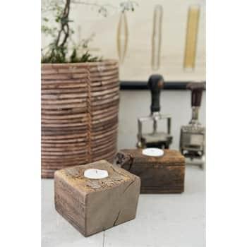 Svícen zrecyklovaného dřeva Recycled