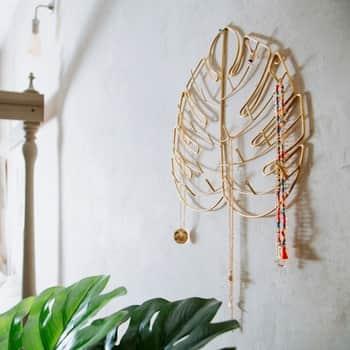 Stojánek na šperky Cheese Plant Leaf