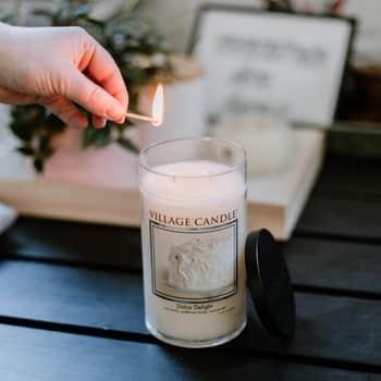 Svíčka Village Candle - Dolce Delight 538g - LIMITOVANÁ EDICE