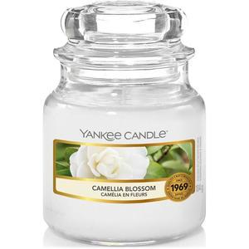 Sviečka Yankee Candle 104g - Camellia Blossom