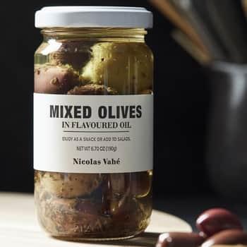 Černé azelené olivy voleji 190g