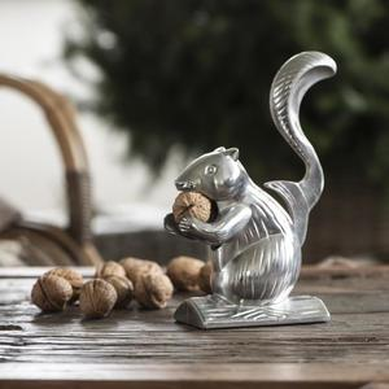 Luskáčik na orechy Squirrel