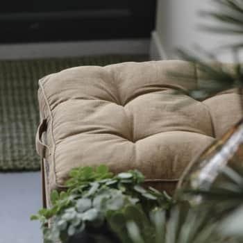 Sedák Brown 45x45cm