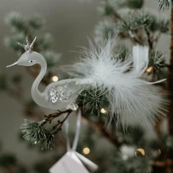 Skleněná labuť na skřipci Rose Silver