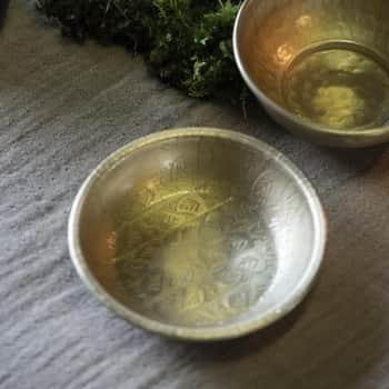 Kovová tácka Leaf Pattern Gold
