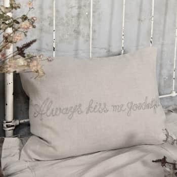 Lněný povlak na polštář Always Kiss Me Goodnight