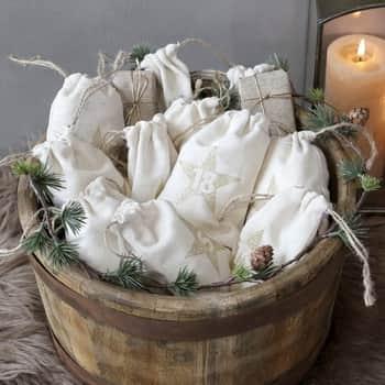 Adventní kalendář vpytlíčcích Calendar Bags Cream - 24 ks
